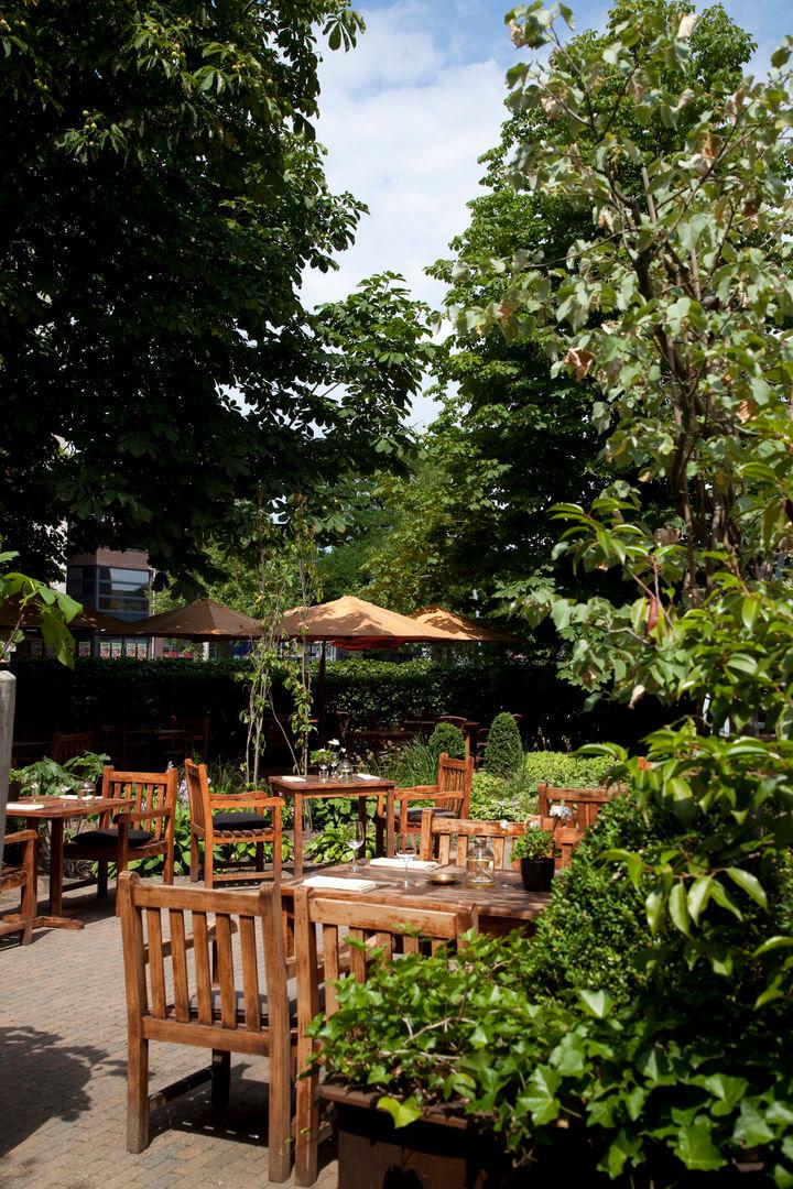 Met de dinerbon eten bij restaurant het oude politiebureau dinerbon - Eigentijds restaurant ...