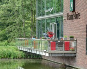 Dinerbon Delft Hampshire Delft Centre